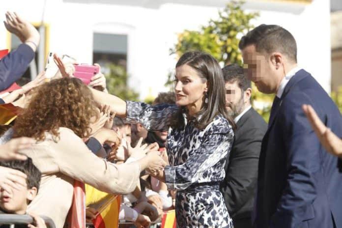 Letizia: recupera el vestido de Victoria Beckham que se agotó en horas 4