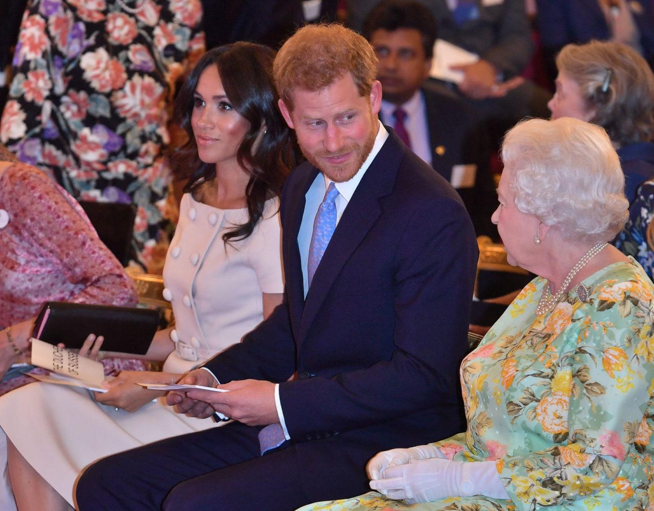 La seria solicitud de Isabel II al Príncipe Harry y Meghan Markle 1
