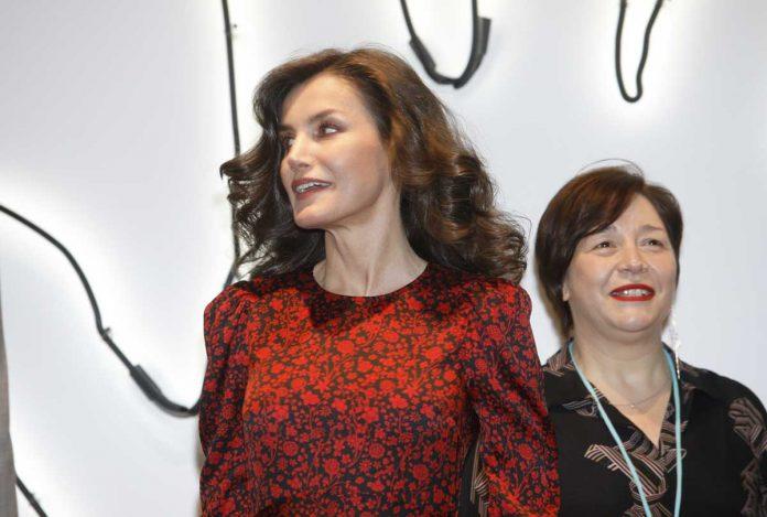 La reina Letizia regresa a ARCO como Gilda y con un estreno francés a la venta 8