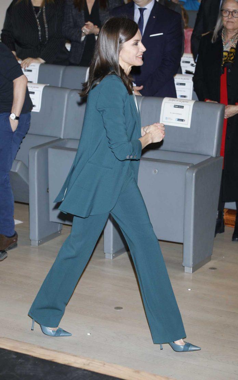 La reina Letizia se pone verde en su primer acto con Pablo Iglesias 4