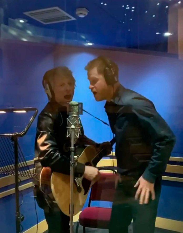 El príncipe Harry se suelta y canta un dúo con el rockero Jon Bon Jovi 14