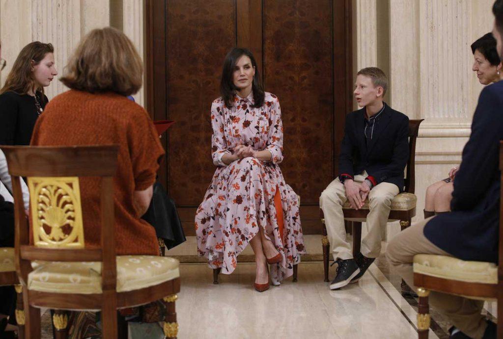 Reina Letizia, en cuarentena, pero también teletrabajando 8