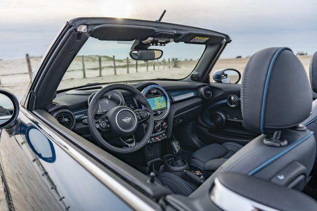 Disfruta conduciendo al aire libre con el nuevo MINI Sidewalk Cabrio - ¡Qué! 1