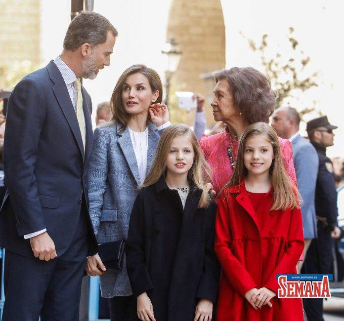 10 años del Domingo de Ramos de los Reyes en imágenes: así es como Leonor y Sofía han crecido 40