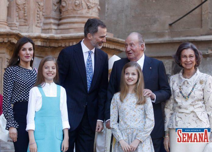 10 años del Domingo de Ramos de los Reyes en imágenes: así es como Leonor y Sofía han crecido 46