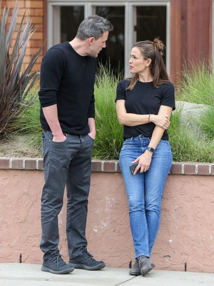 Ben Affleck, enojado después de dejar a su ex, la casa de Jennifer Garner, sin Ana de Armas 8