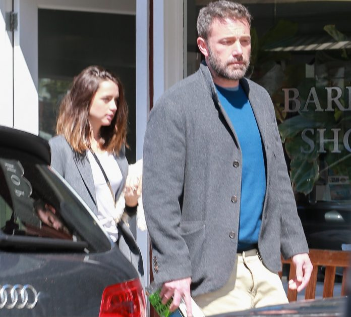 Ben Affleck, enojado después de dejar a su ex, la casa de Jennifer Garner, sin Ana de Armas 16