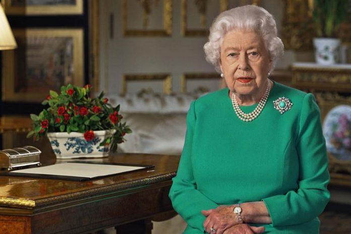 La reina Isabel II cumple 94 años en su 'annus horribilis' 20