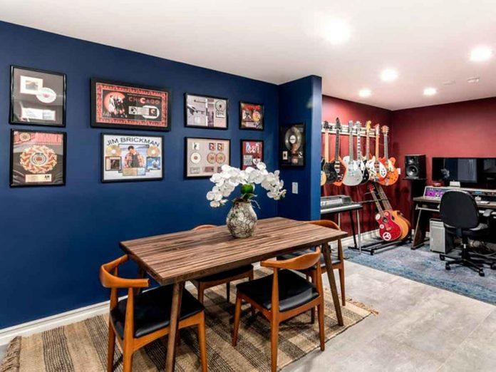 Selena Gómez compra la antigua casa del músico Tom Petty por 4,5 millones de euros. 8