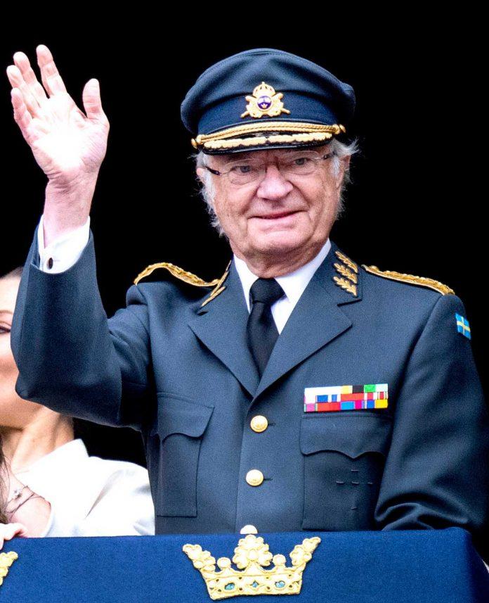 El rey Carlos Gustavo de Suecia cumple 74 años rodeado de su familia (menos uno) 12