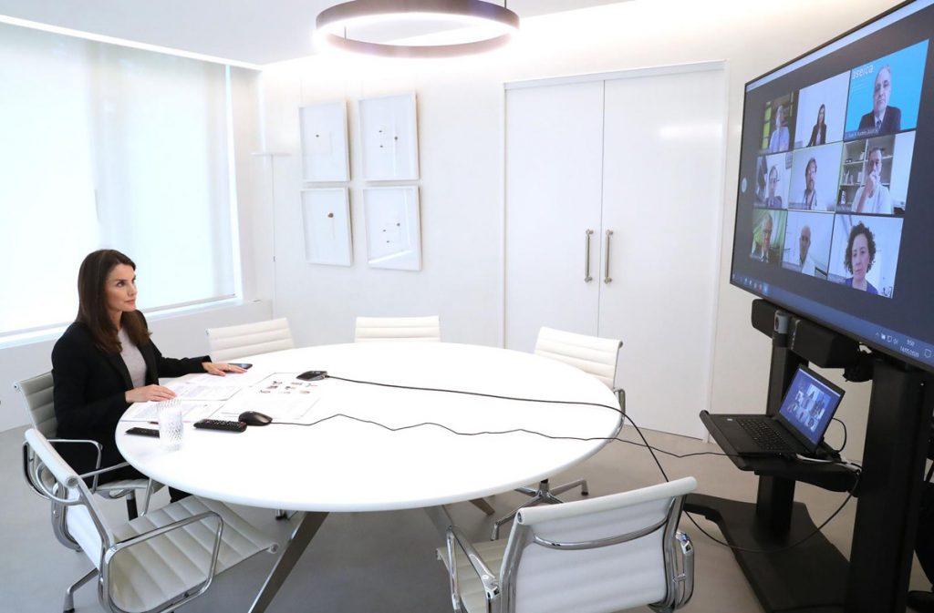 Queen Letizia atiende a pacientes con cáncer en tiempos de coronavirus 2