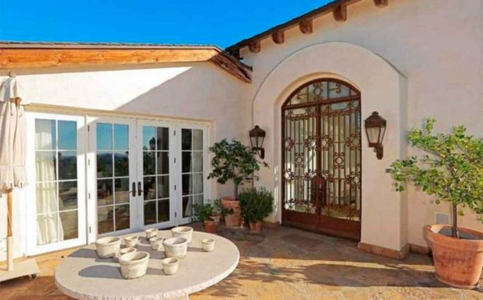 Eva Longoria vende la granja que le compró a Tom Cruise perdiendo tres millones de euros 24