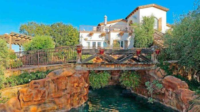 Eva Longoria vende la granja que le compró a Tom Cruise perdiendo tres millones de euros 18
