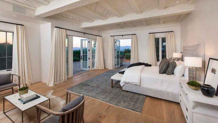 Eva Longoria vende la granja que le compró a Tom Cruise perdiendo tres millones de euros 14
