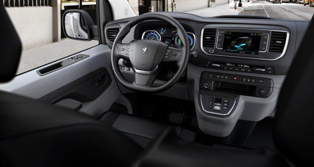 Nuevo PEUGEOT e-Expert, una furgoneta eléctrica por delante de su generación. ¡Qué! 1