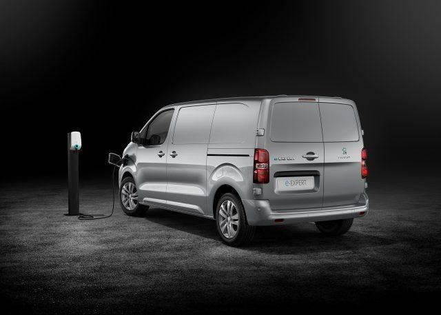 Nuevo PEUGEOT e-Expert, una furgoneta eléctrica por delante de su generación. ¡Qué! 2