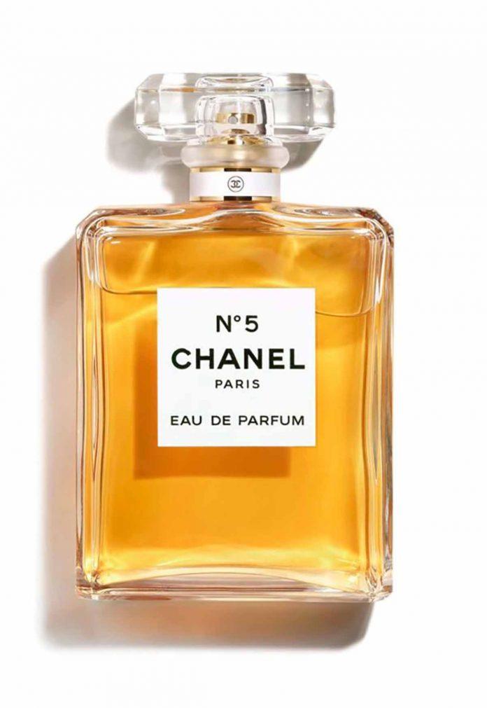 Los perfumes más clásicos que nunca pasan de moda. 4