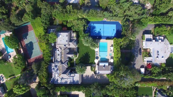 Justin Bieber y su esposa, Hailey Balwin, compran la mansión Madonna en Los Ángeles 2