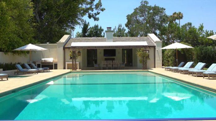 Justin Bieber y su esposa, Hailey Balwin, compran la mansión Madonna en Los Ángeles 12