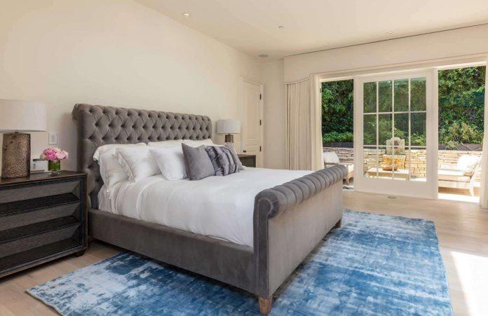 Justin Bieber y su esposa, Hailey Balwin, compran la mansión Madonna en Los Ángeles 52