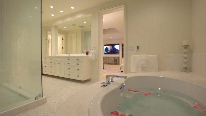 Justin Bieber y su esposa, Hailey Balwin, compran la mansión Madonna en Los Ángeles 58
