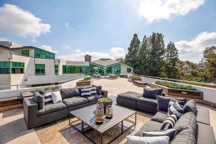 La espectacular mansión que Pharrell Williams pone a la venta en Beverly Hills 14