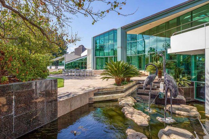 La espectacular mansión que Pharrell Williams pone a la venta en Beverly Hills 36