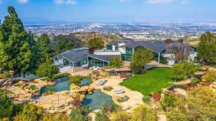 La espectacular mansión que Pharrell Williams pone a la venta en Beverly Hills 48