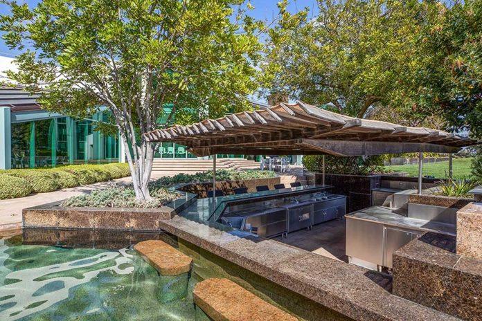La espectacular mansión que Pharrell Williams pone a la venta en Beverly Hills 40