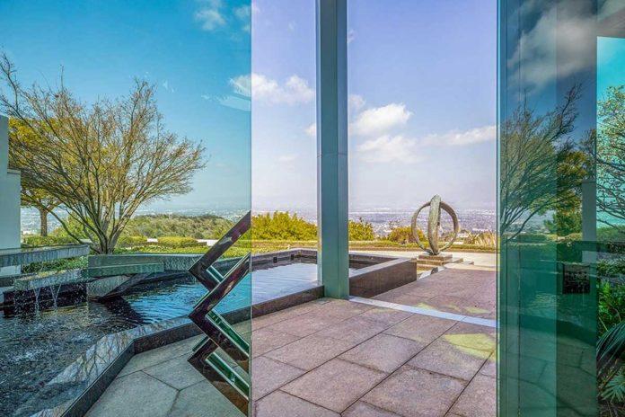 La espectacular mansión que Pharrell Williams pone a la venta en Beverly Hills 2