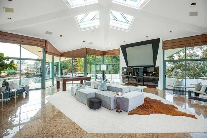La espectacular mansión que Pharrell Williams pone a la venta en Beverly Hills 12