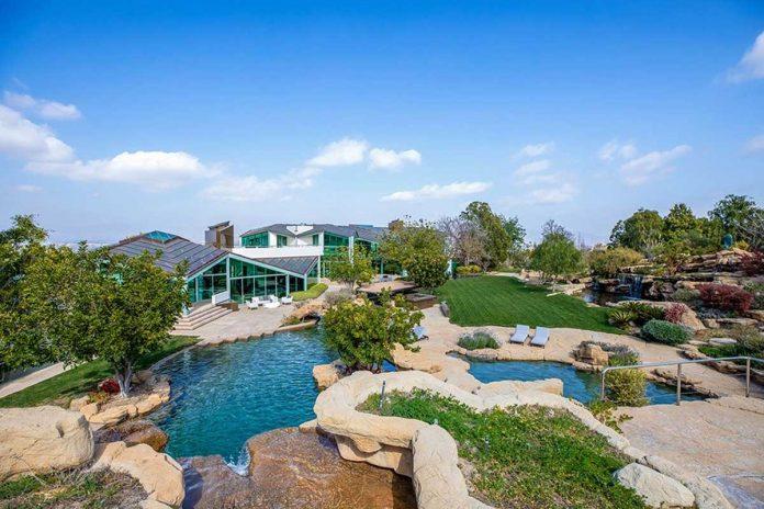 La espectacular mansión que Pharrell Williams pone a la venta en Beverly Hills 44