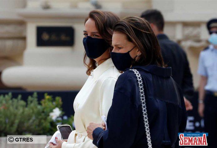 La familia real de Mónaco (con ausencias notables) reaparece altamente protegida en su regreso a la vida pública 10