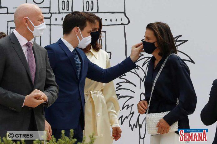 La familia real de Mónaco (con ausencias notables) reaparece altamente protegida en su regreso a la vida pública 24