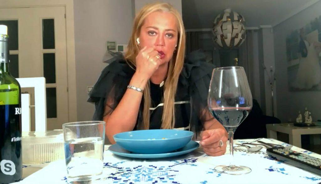 La cogió de Belén Esteban durante una conversación con su marido 4