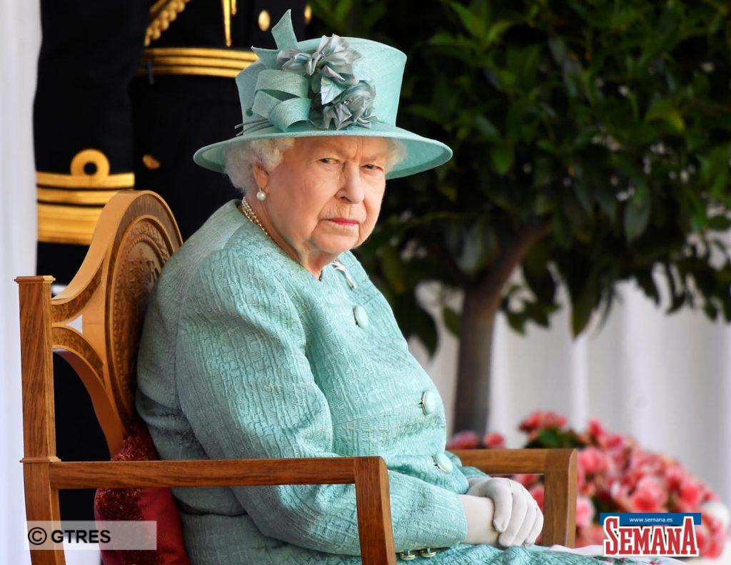 La celebración de cumpleaños más atípica de Isabel II: confinada y sin su familia 4