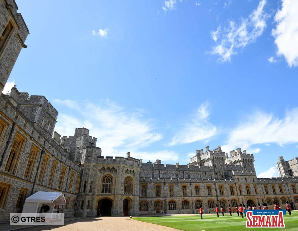 La celebración de cumpleaños más atípica de Isabel II: confinada y sin su familia 2