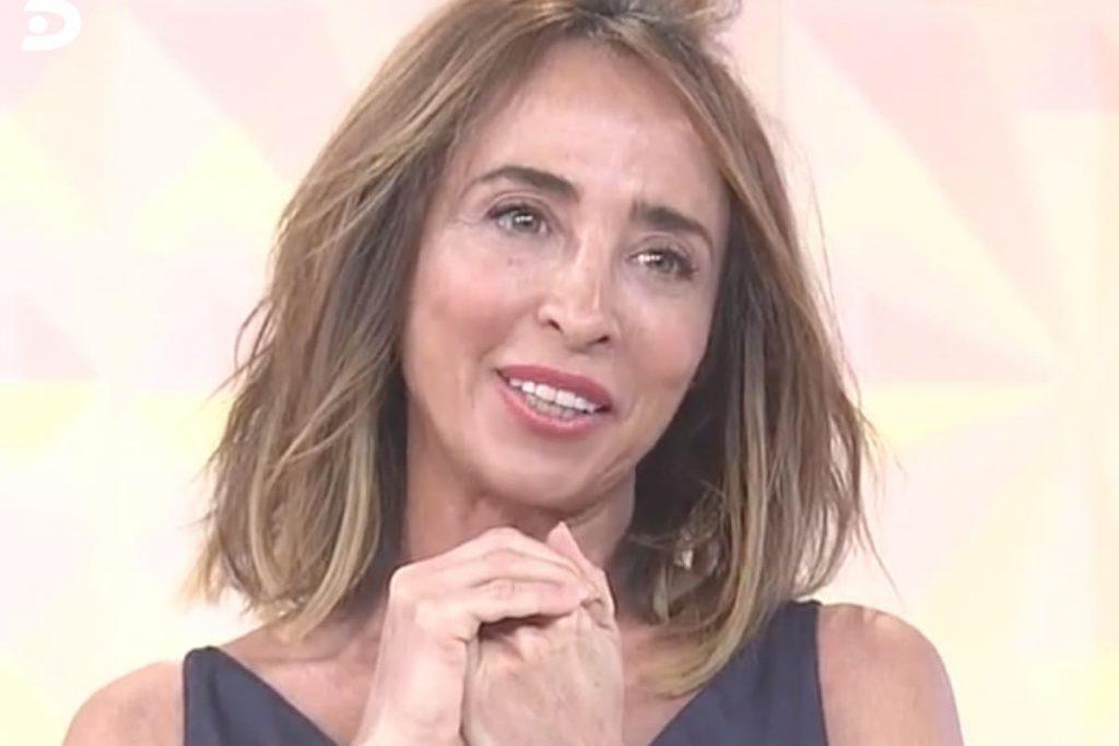 """María Patiño pierde un diente en vivo en sábado """"Deluxe' 2"""