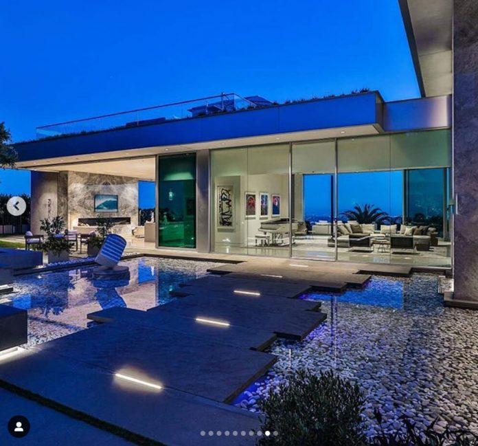 La impresionante mansión que LeBron James ha comprado por 47 millones de euros en Los Ángeles. 2