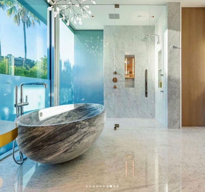 La impresionante mansión que LeBron James ha comprado por 47 millones de euros en Los Ángeles. 4