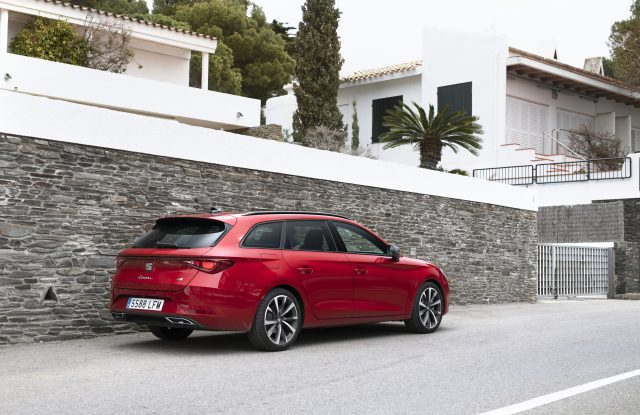 Nuevo SEAT León, el vehículo más seguro y avanzado de la historia de la marca. ¡Qué! 3