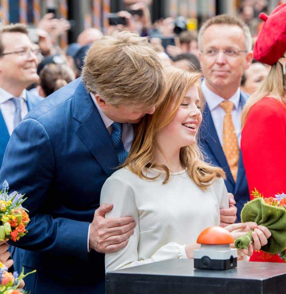El descontento monumental de Máxima de Holanda cuando atrapó a su hija Alexia fumando 2