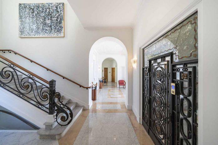 La mansión que Sean Connery vende en Francia por 30 millones de euros. 14