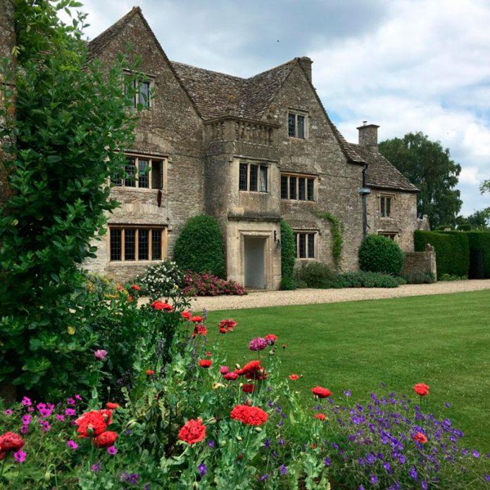 Carlos de Inglaterra y Camilla venden su 'casa embrujada' por 4 millones de euros 4