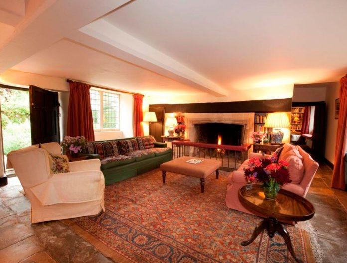 Carlos de Inglaterra y Camilla venden su 'casa embrujada' por 4 millones de euros 12