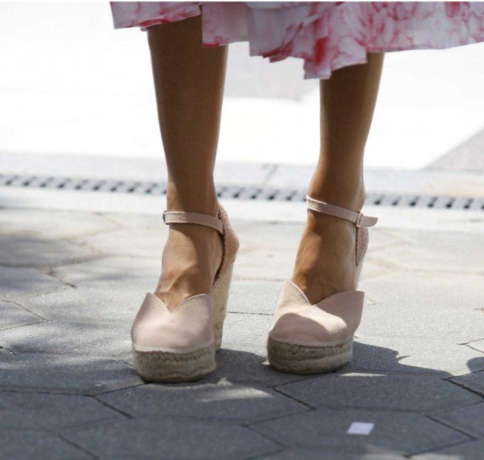 La reina Letizia recicla su vestido rosa Marivent 6