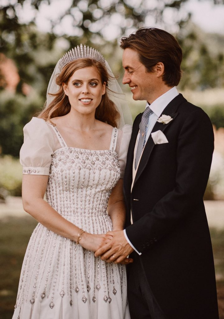 Los primeros pasos de Beatriz de York y Edoardo Mapelli como esposo y esposa 1
