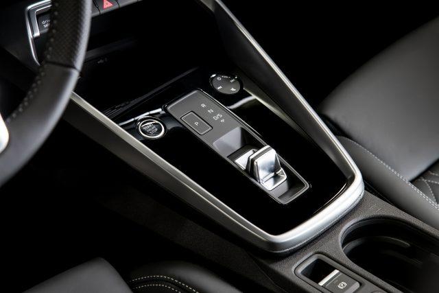 El nuevo Audi A3 Sportback, un ícono premium, ahora más sofisticado y más revolucionario. ¡Qué! 3