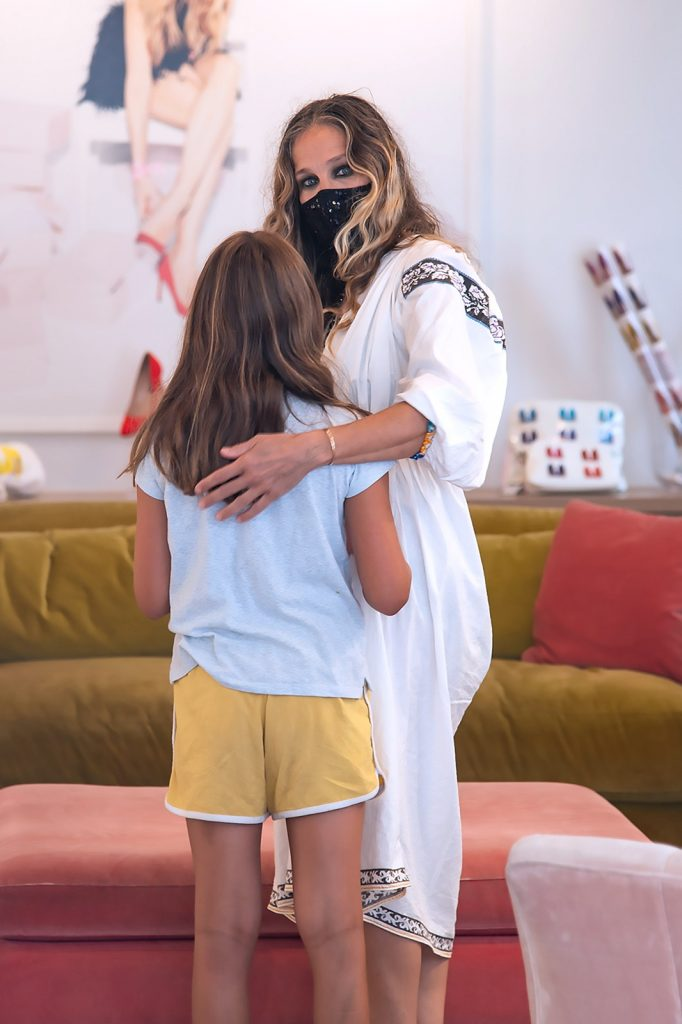 Sarah Jessica Parker recibe la visita de su hija en su nueva tienda 1