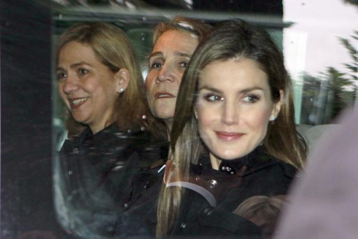 El enorme descontento de la reina Sofía con su familia griega 1
